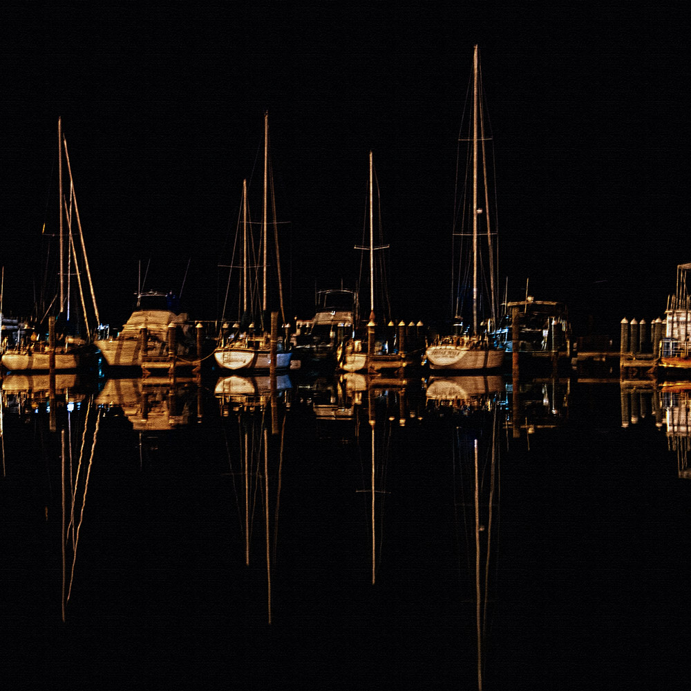 fulton-harbor-at-night